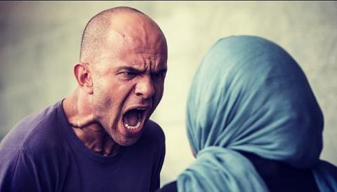 چه کارهایی شوهرتان را فراری می کند مرکز مشاوره معتبر در اسلامشهر روانشناس کودک در اسلامشهر مشاوره ازدواج مشاور زناشویی مشاور کودک در اسلامشهر